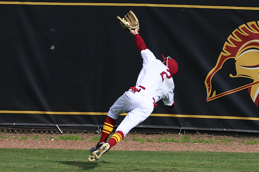 Lancer rightfielder Shane Ogata makes the spectacular diving catch on Tuesday, photo by Richard Quinton.