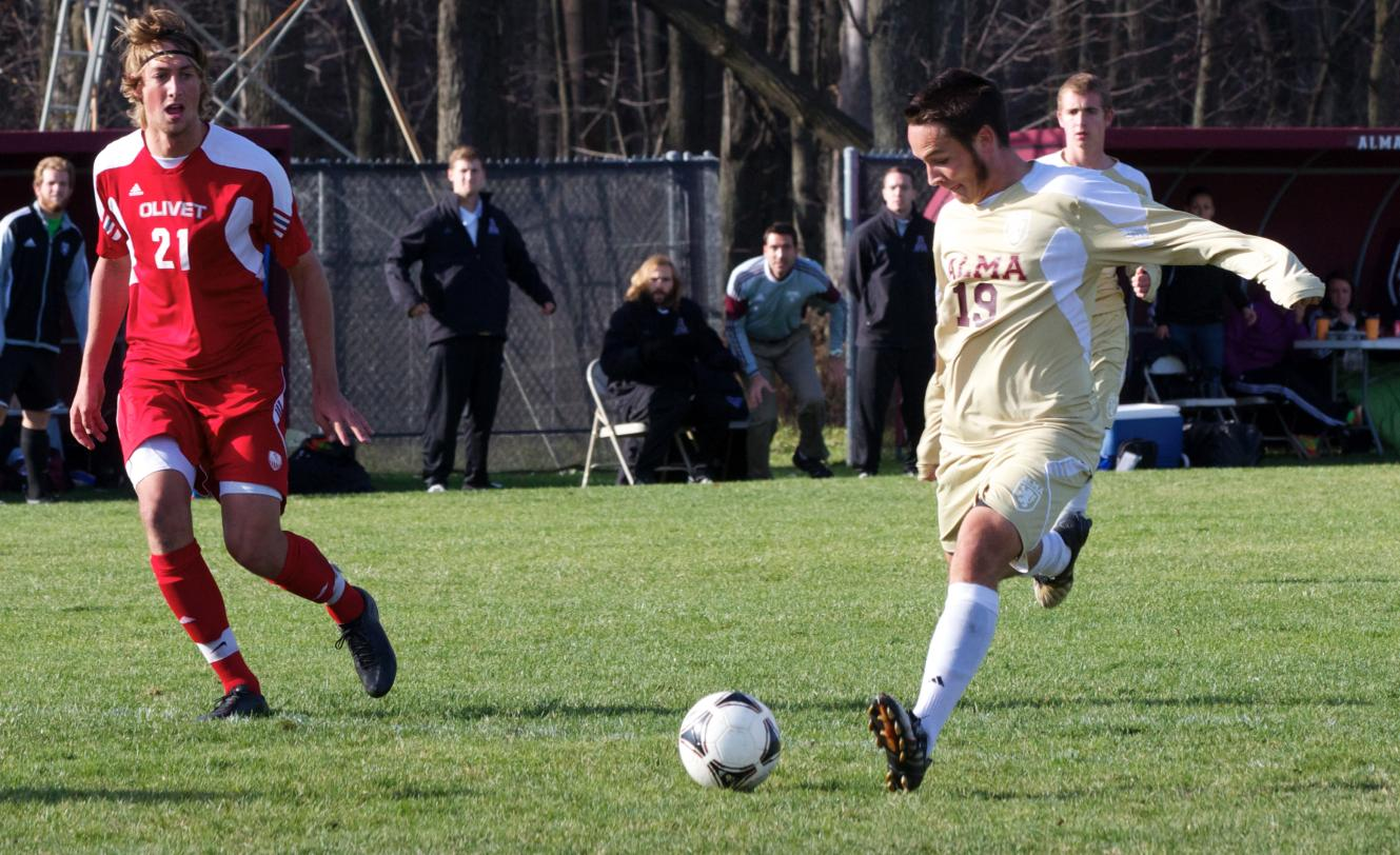 Men's Soccer scores early but loses to Olivet 3-1 on Saturday