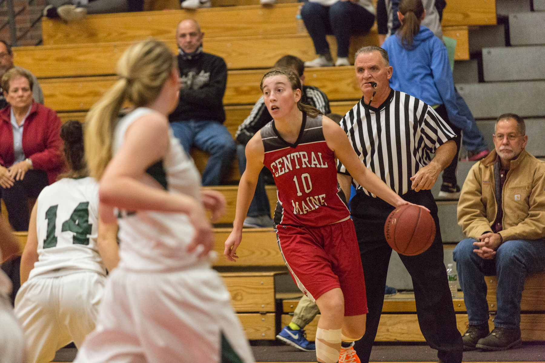 Lady Mustangs show toughness, pull away from Dean