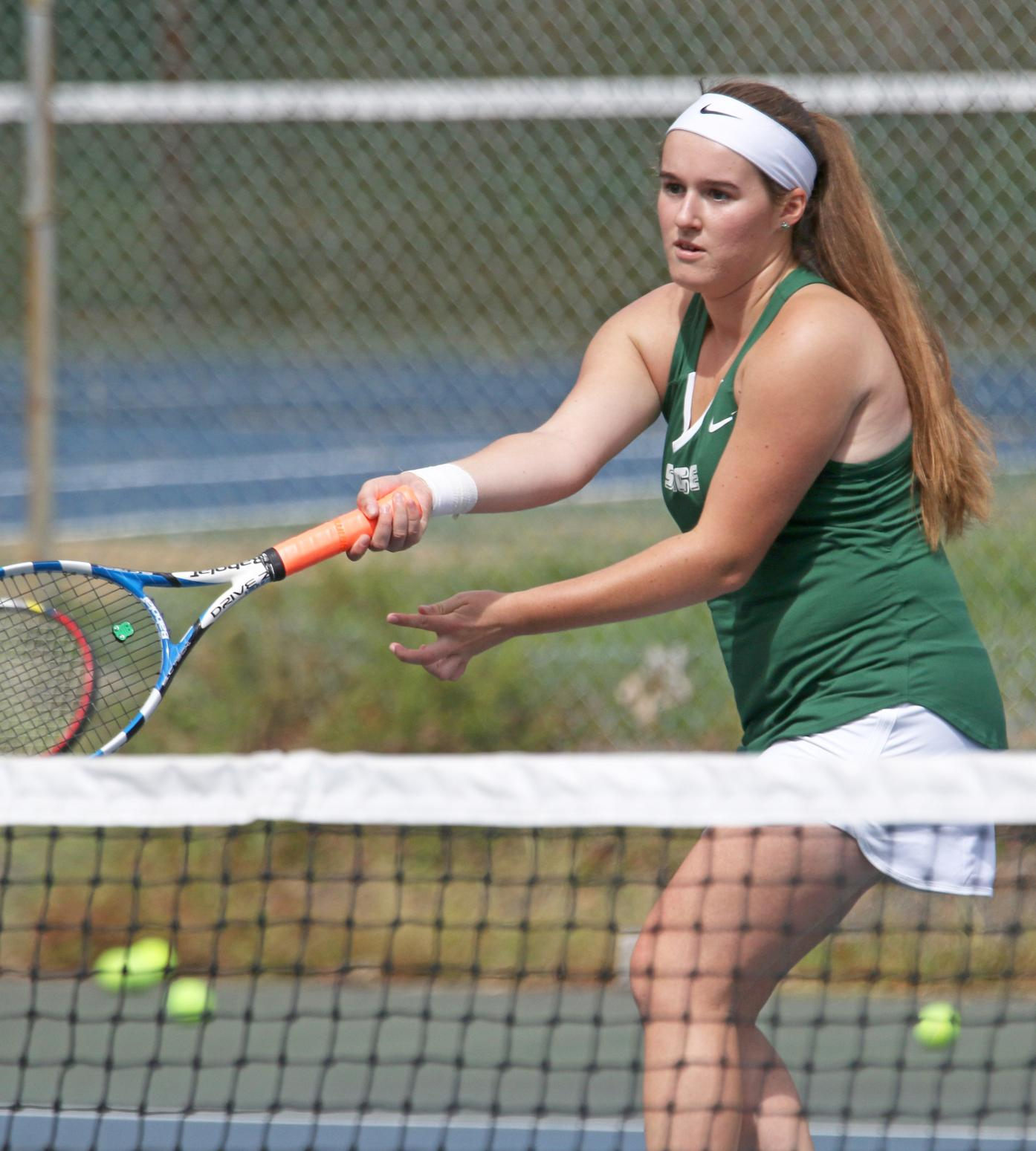 Women's Tennis Tops Bears 9-0 in Skyline Action