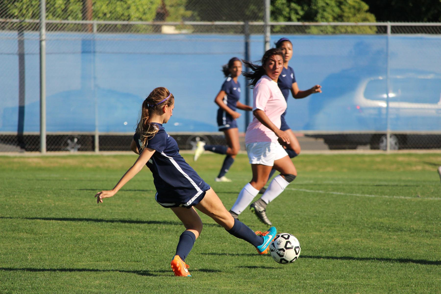 Chargers-Hornets Ends In 1-1 Tie