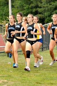 Selig tops the field as women's x-country tops Bentley