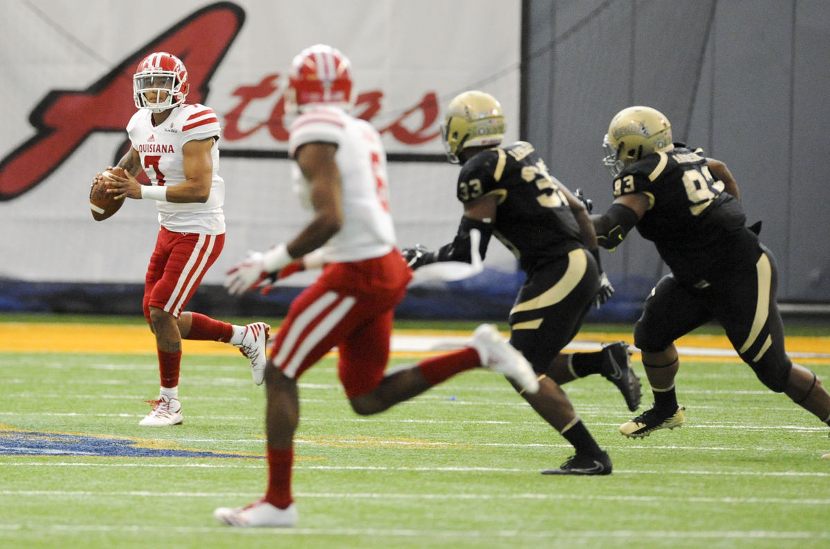 It's official: Nunez now Cajuns' starting QB