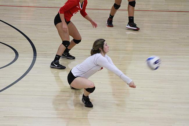 #15 Mesa Volleyball Fall at South Mountain in Four Sets