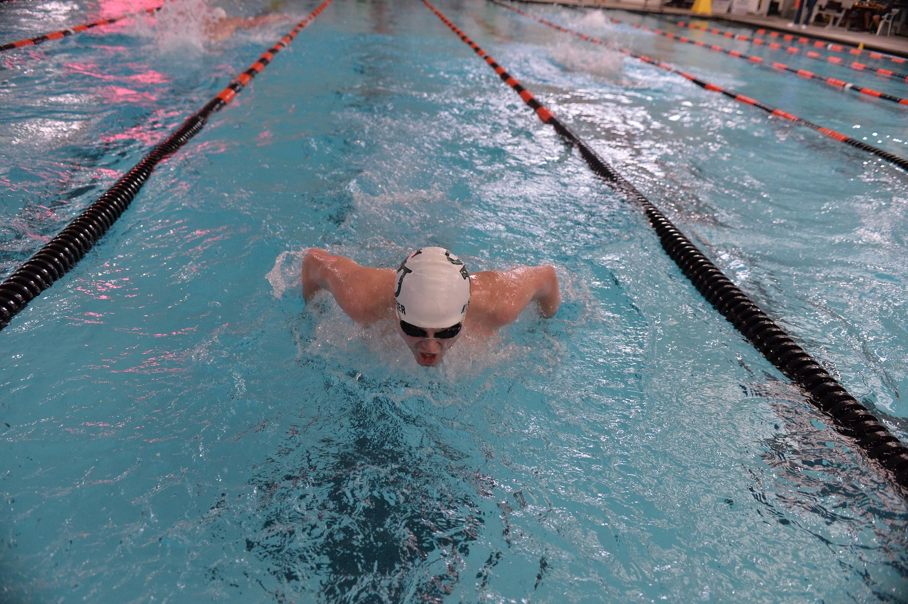 Mustangs Compete on Final Day of MAC Championships