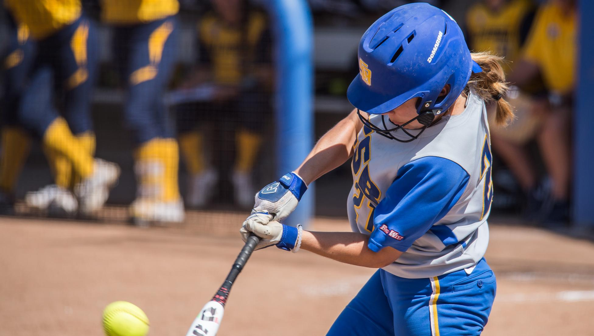 Palomares Hits Game-Winning Home Run, Gauchos Split Doubleheader with Long Beach State
