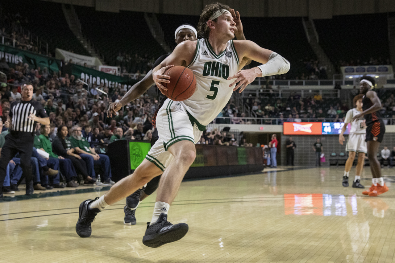 Vander Plas, Preston Post Career Nights, but Ohio Men's Basketball Falls to Buffalo on the Road