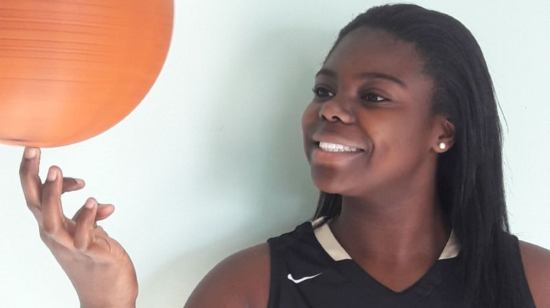 A day after learning she's a McDonald's all-American, Ashley Owusu leads Paul VI to big win
