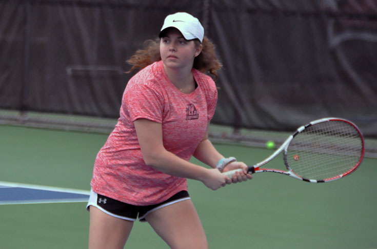 Women's Tennis: Maryville edges Panthers 5-4