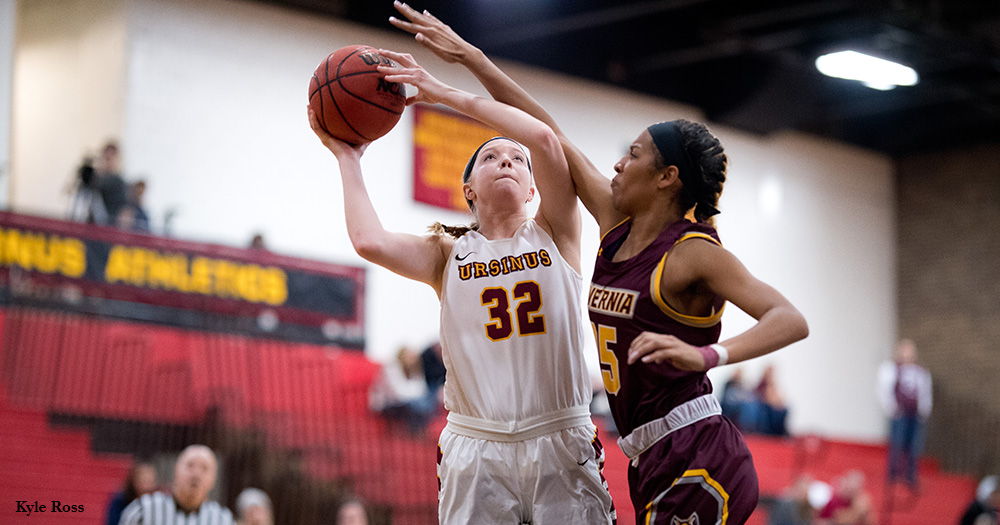 Women's Basketball Soars Over Eagles