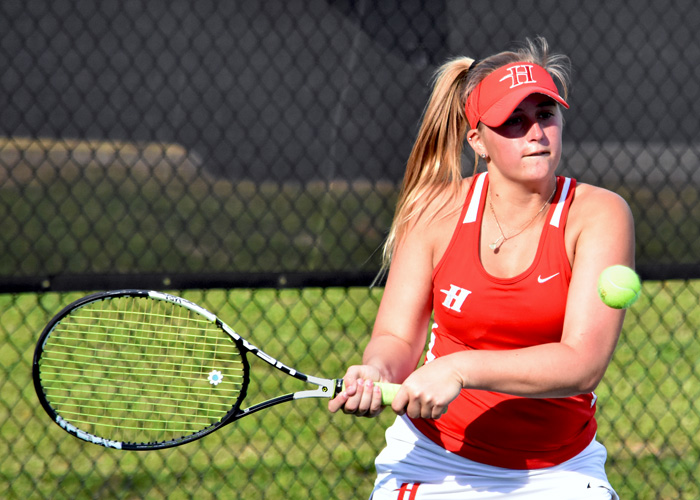 Freshman Dusty Catala won at No. 1 singles in Huntingdon's win over Maryville on Sunday. (Photo by Wesley Lyle)