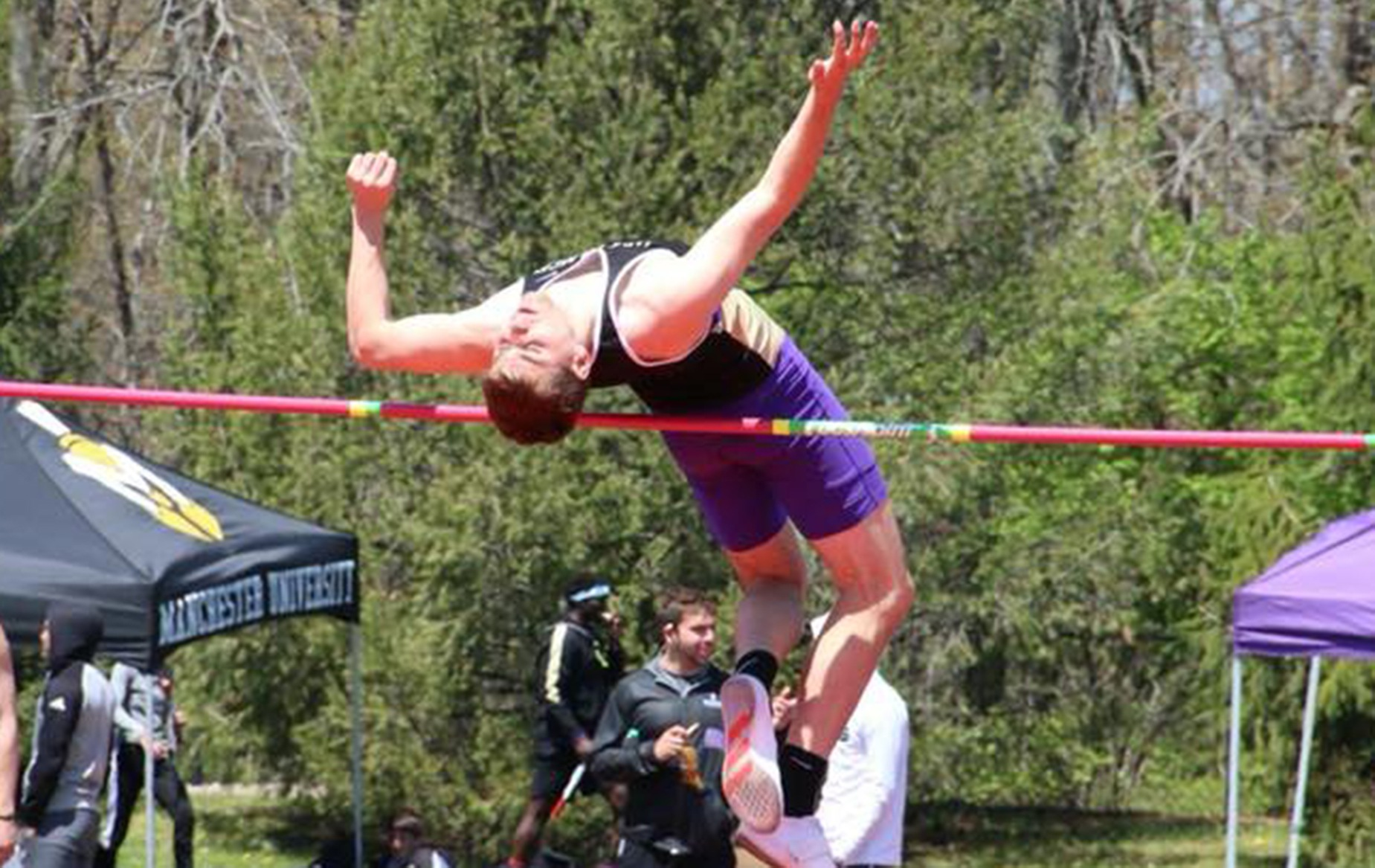 Men's Track Competes at Baldwin Wallace