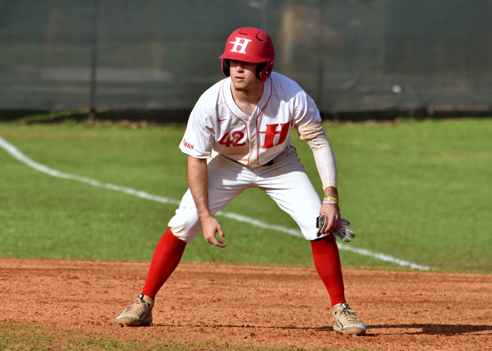 Wes Powell was 5-for-9 with four RBIs, three runs, three doubles and two stolen bases in Saturday's sweep of Maryville.
