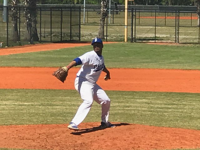 Chargers Split Doubleheader with Kishwaukee CC in Florida