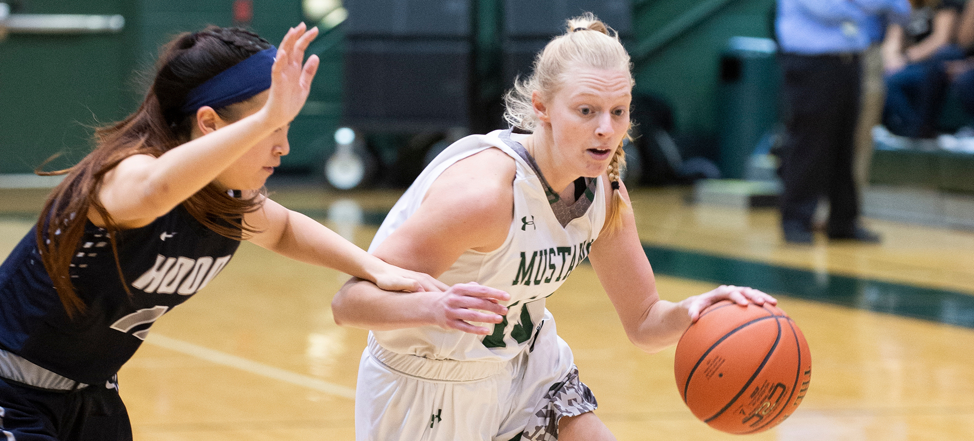Crist's Career-High 21 Pushes Mustangs Past Albright in Regular Season Finale