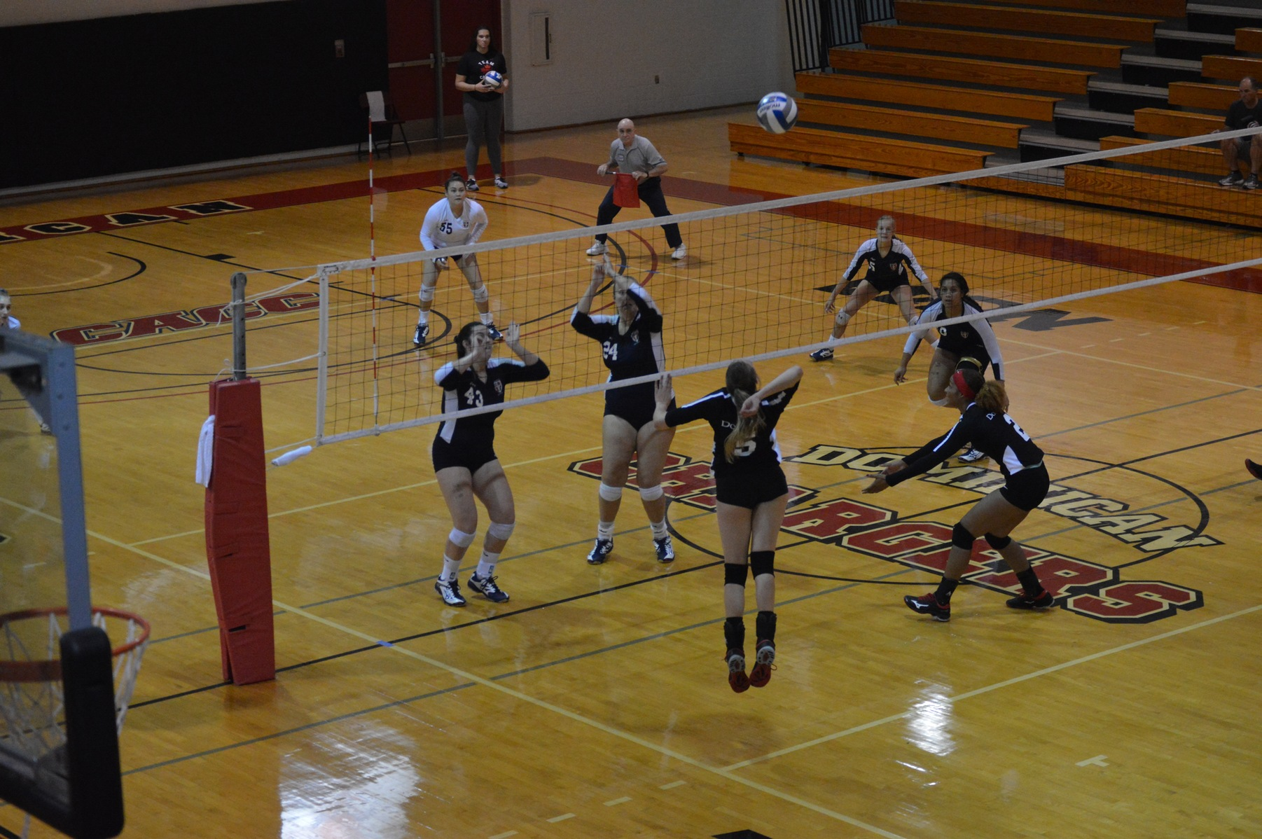DEVILS OUTLAST DOMINICAN VOLLEYBALL
