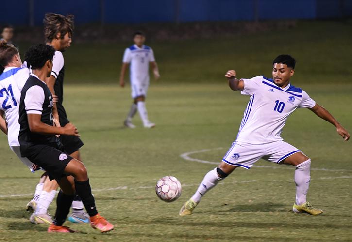 Blinn College Men's Soccer Takes 5-4 Win Over Jacksonville College