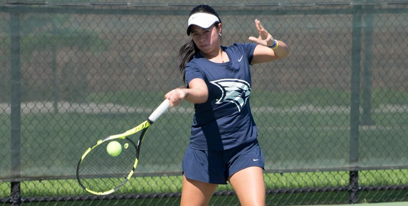 Women's Tennis falls at Wayne State in league matchup