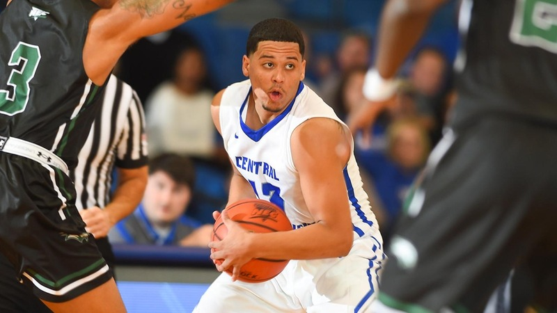 Late Run Sinks Men's Basketball Against Saint Francis U Saturday