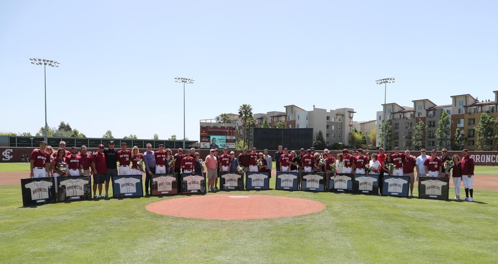 Baseball Wins 5-2 To Sweep LMU on Senior Day