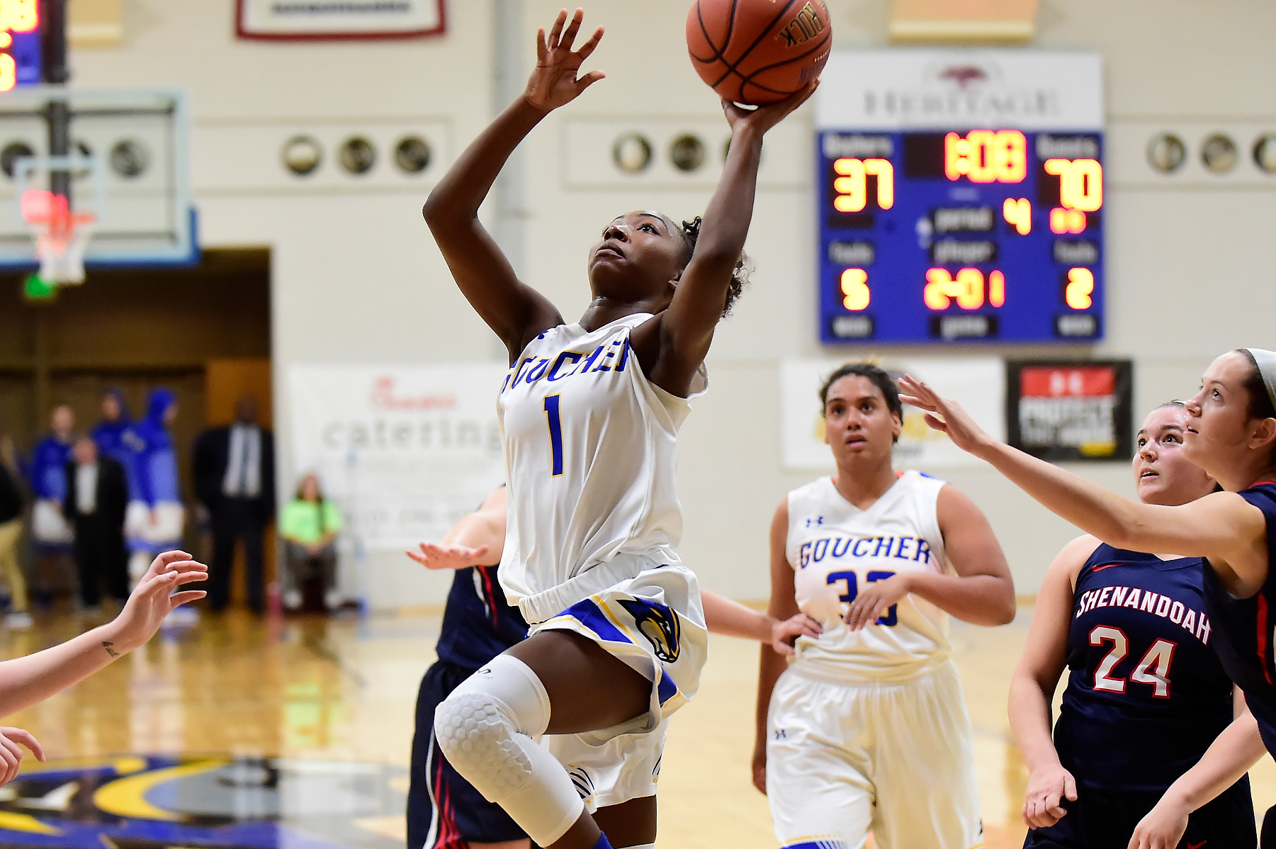 Women's Basketball's Lewis, Wolard Tally Career-Highs In Loss to Hood