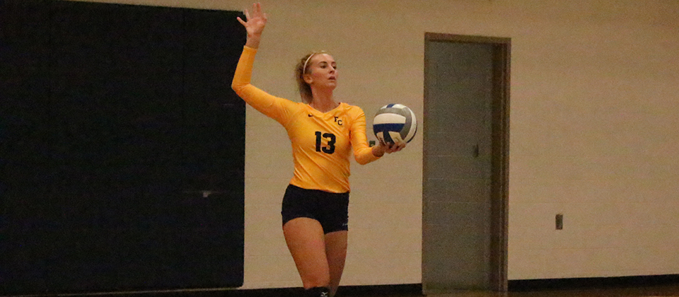 RECAP | Volleyball Splits on Final Day of Hanover Invitational
