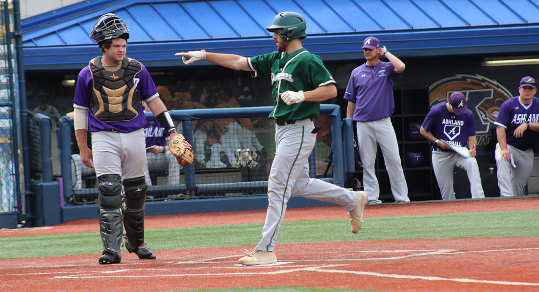 Tiffin Trounces Ashland, Earn First NCAA Tournament Win