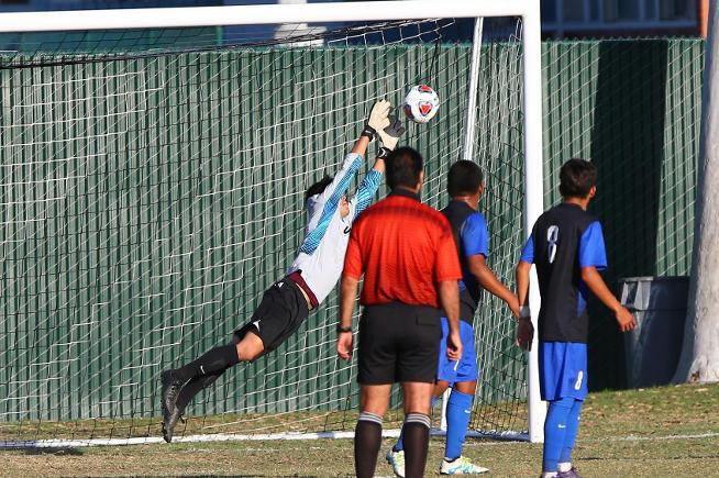 Ivan Martin Del Campo made seven saves in the Falcons tie