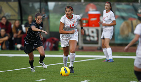 Women's Soccer Falls 1-0 in Final Road Game