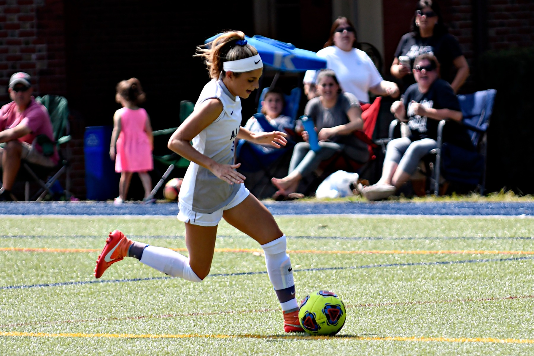 Women's Soccer Falls on the Road to Lasell, 7-1