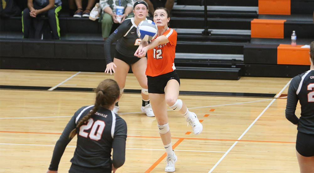 Women's volleyball sweeps matches at Webster