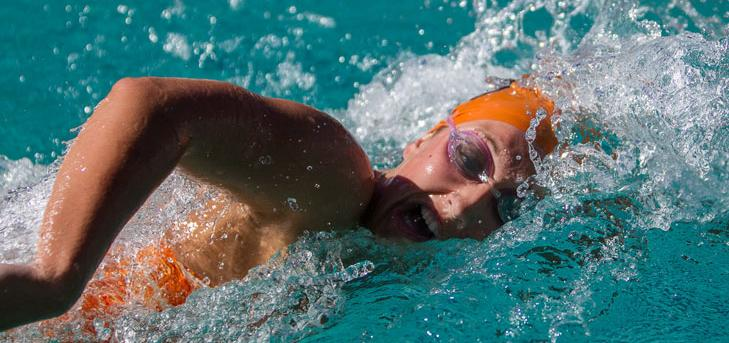Oxy Swim Teams Beat Chapman, Lose to Redlands