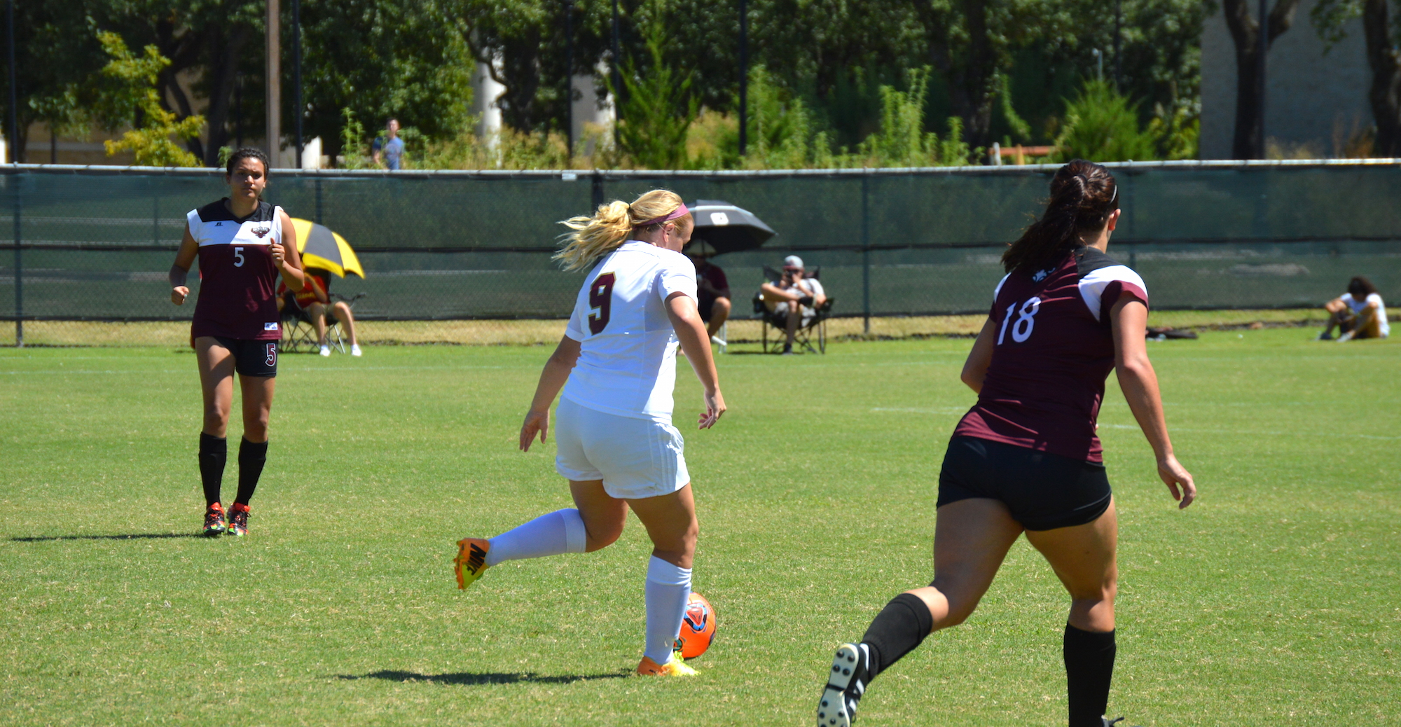 'Roo Women Get Dramatic Overtime Victory