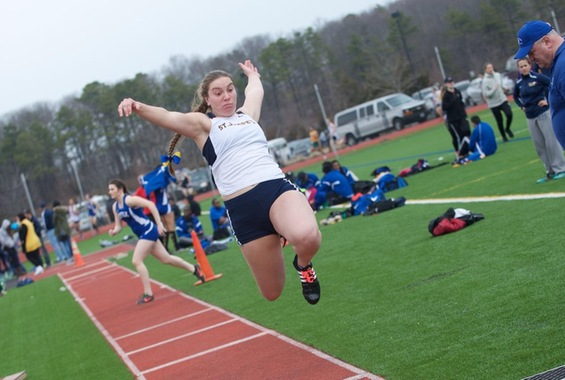 Track and Field Competes at Osprey Open Over the Weekend