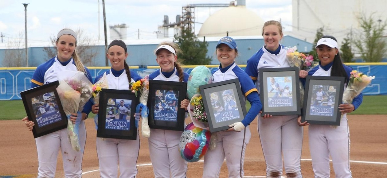 Saints Rally To Sweep Doubleheader From JWU Softball
