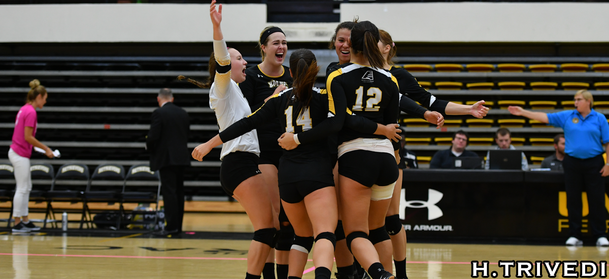 Trendafilova's Career Night Helps Volleyball Clinch Postseason Spot in Four Set Victory at Binghamton