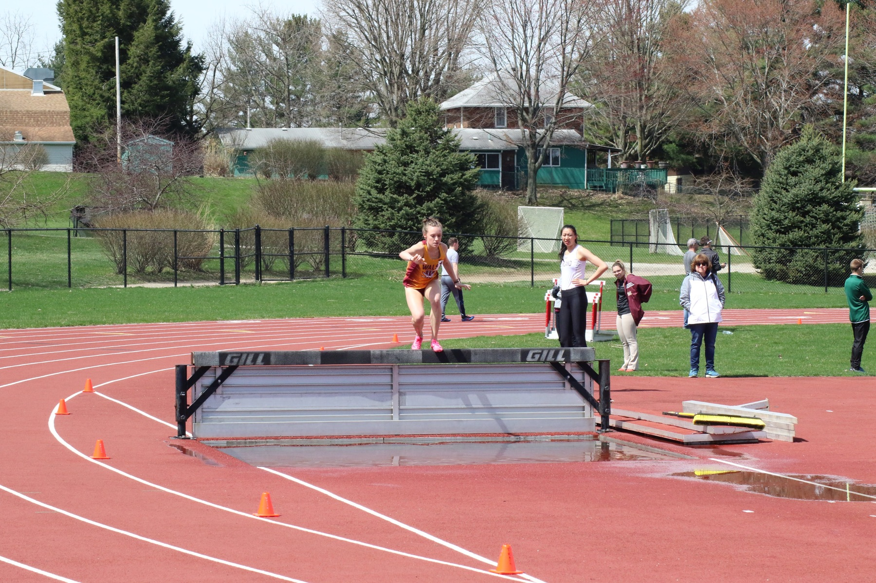 Cavaliers Have 12 Top Three Finishes at Gina Relays and Ohio Open