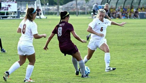 Women's Soccer Falls to Trinity in SCAC Semifinals