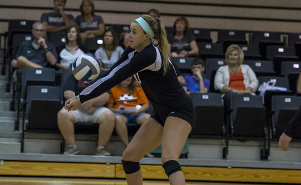 Volleyball stays hot with 3-1 win at Mars Hill