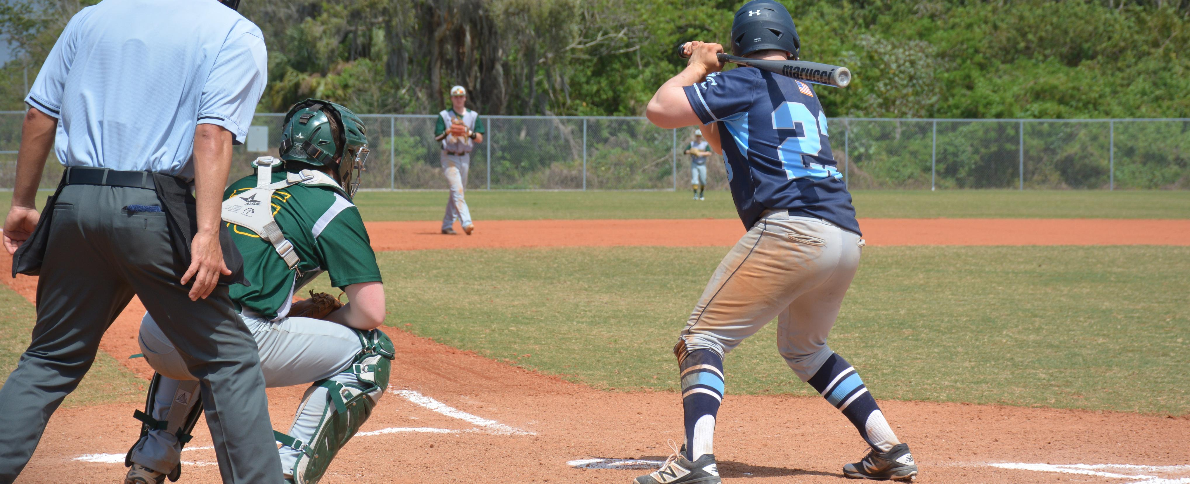 Baseball Drops Two to Edgewood College