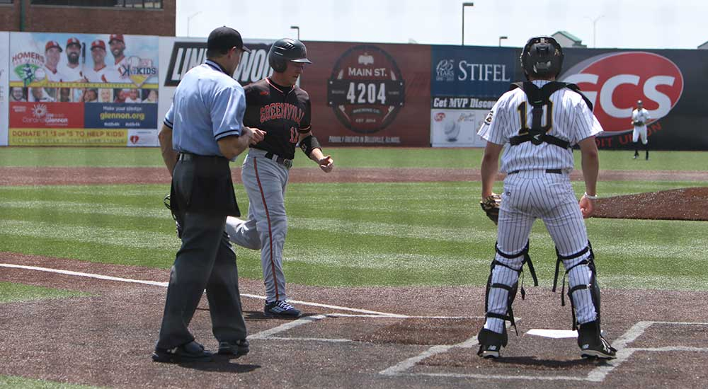 Baseball falls to Birmingham Southern in first round NCAA action
