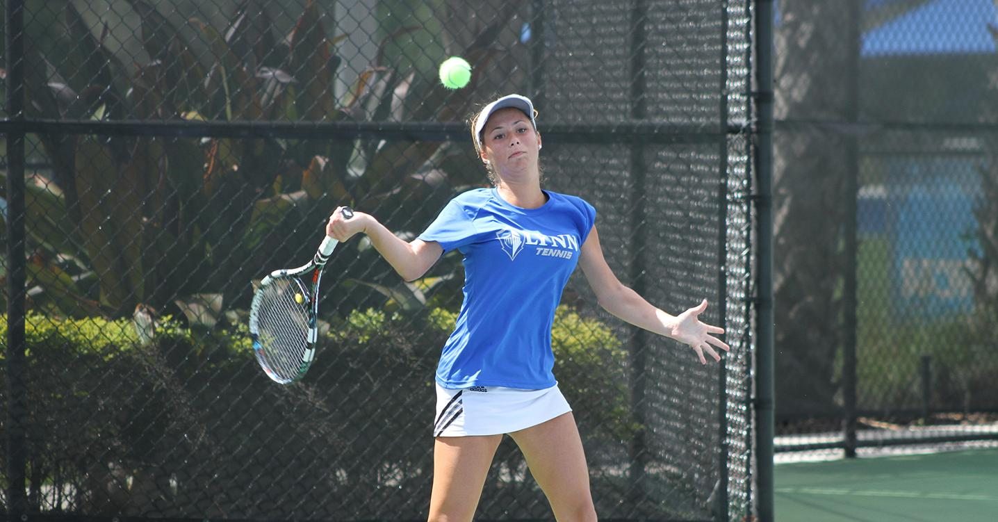 Women's Tennis Dominant on Opening Day of C.L. Varner Invite
