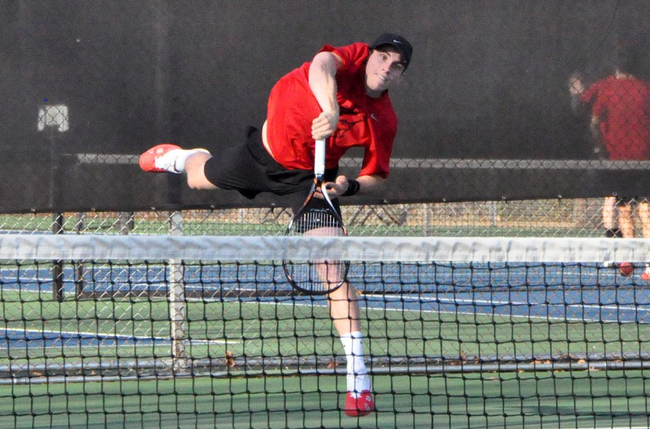 Men's Tennis: Dylan Brock's win at #4 singles clinches match for Panthers over Oxford of Emory