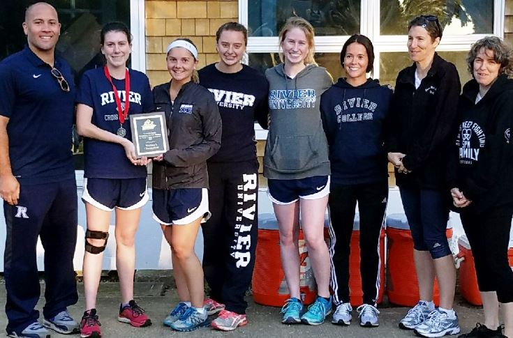 Women's Cross Country: Pearsons finishes second, leads WXC to team victory
