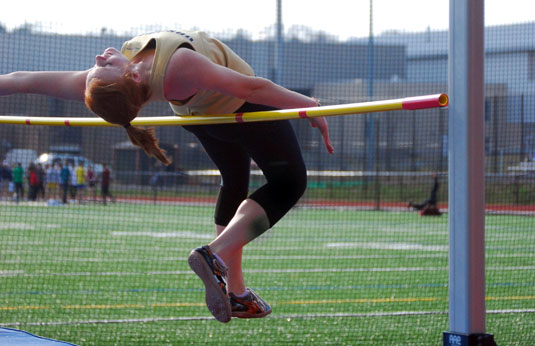 Women's Track and Field finish third at 2012 CC Championships