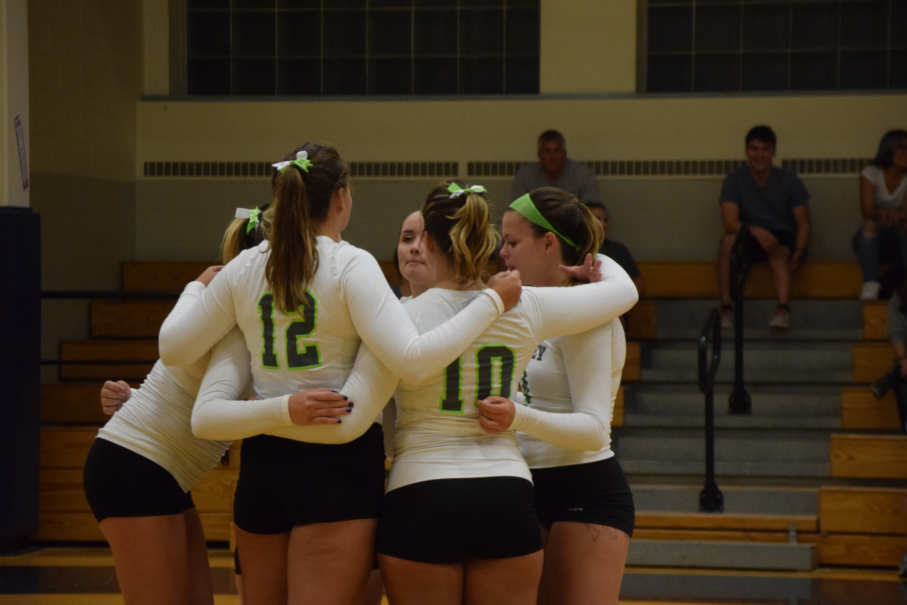 Blazers Top Lynx in NECC Championship Match