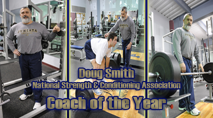 Doug Smith Receives Strength and Conditioning Coach of the Year Award