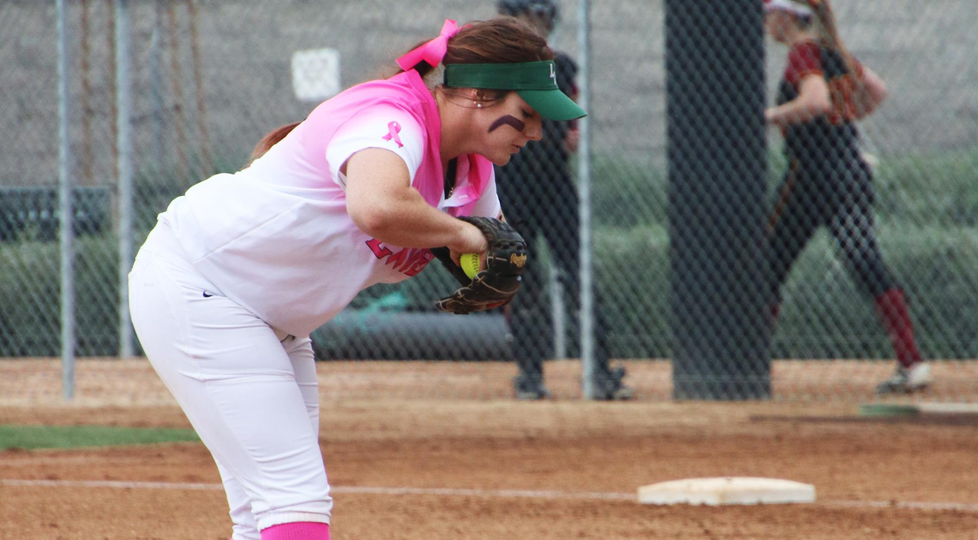 Softball takes down No. 7 CMS in Game 1; Game 2 postponed