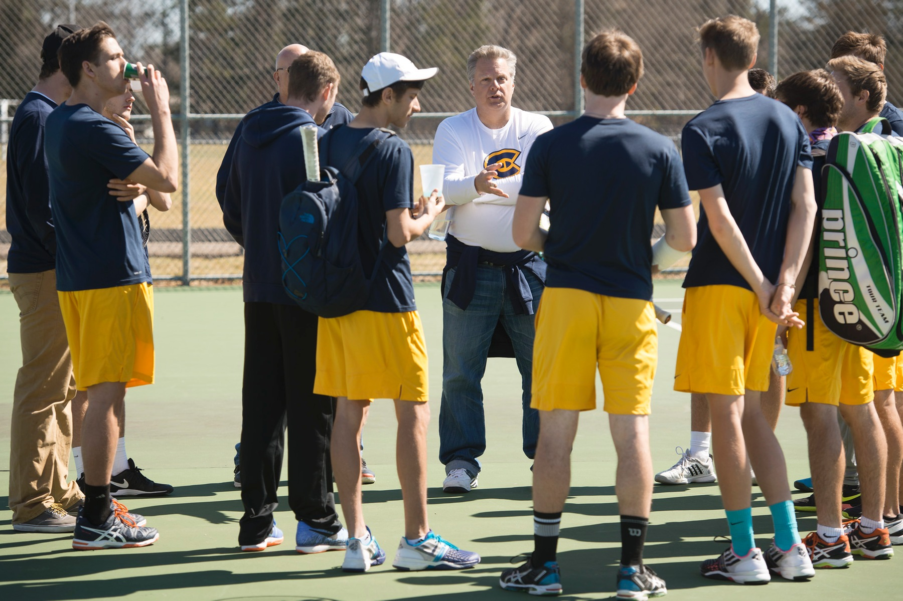 Tennis squads announce team award winners