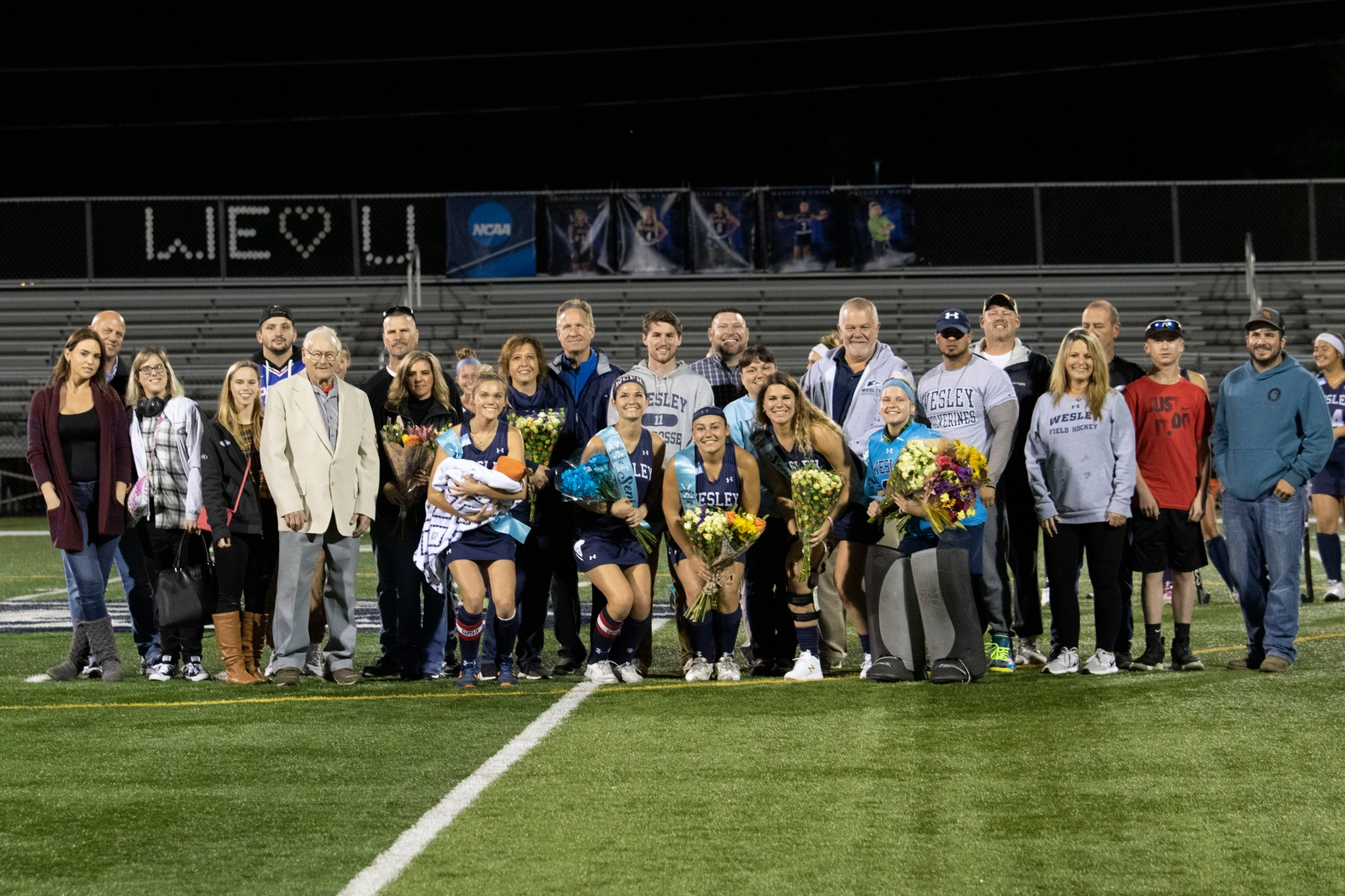 Field Hockey Sweeps Neumann on Senior Night